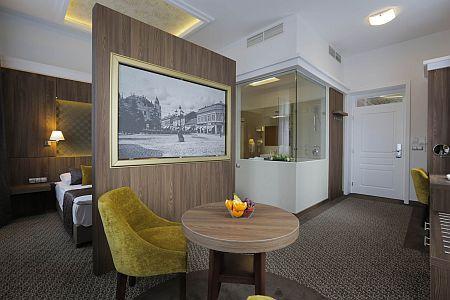 Akciós félpanziós csomagok Baján, a Duna Wellness Hotelben - családi szoba