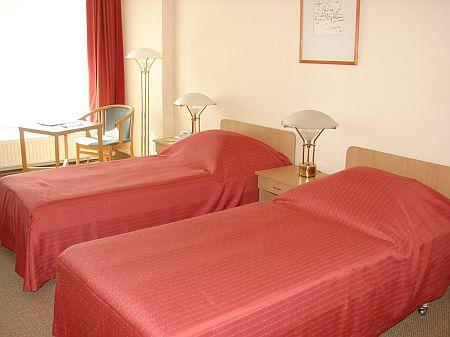 Business szoba Kecskeméten az Aranyhomok szállodában