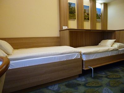 Hotel Aranyhomok Kecskemét - szoba - Olcsó kétágyas szoba Kecskeméten 14 nm - ARANYHOMOK