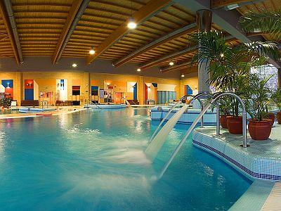 Wellness Hotel Azúr a Balaton déli partján Siófokon