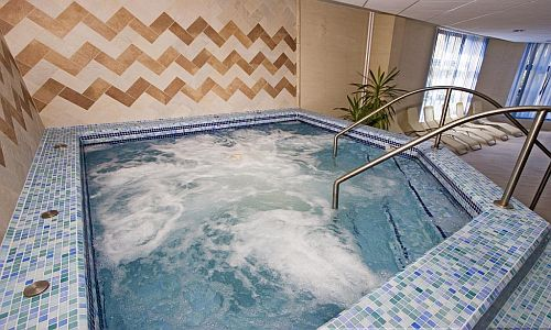 Rubin Wellness Hotel Jacuzzija wellnesst kedvelőknek