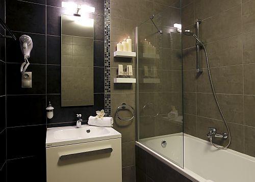 Hotel Villa Völgy Eger, szép és modern fürdőszoba