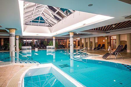 Akciós félpanziós wellness hétvége az Aquarell Hotelben Cegléden