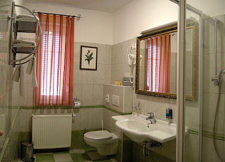 Hotelszoba Pápán - Osztrák határ közeli szálloda - Villa Classica Pápa hotelszoba