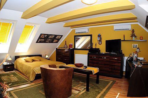 Szép és elegáns hotelszoba a Villa Classica szállodában Pápán - Pápai hotel és szálloda