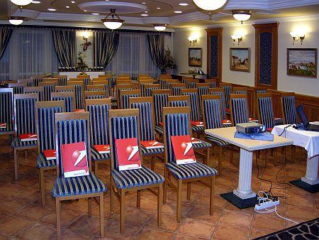 Hotel Villa Classica Pápa - konferencia és rendezvényterem a legmodernebb technikai eszközökkel felszerelve