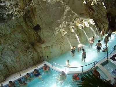 Barlangfürdő Magyarországon, termálvizes barlangfürdő Miskolctapolcán, wellness ajánlat wellness hétvége