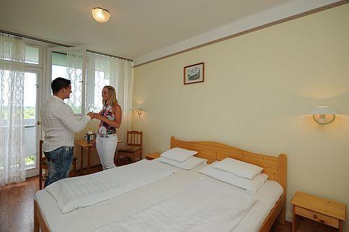 Hotel Hőforrás Hajdúszoboszló - Gyógyvízes szálloda Hajdúszoboszlón - Hőforrás