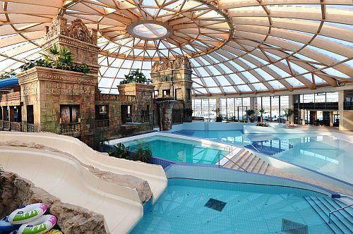Aquaworld Resort**** Budapest élményfürdő, vizibirodalom Budapesten