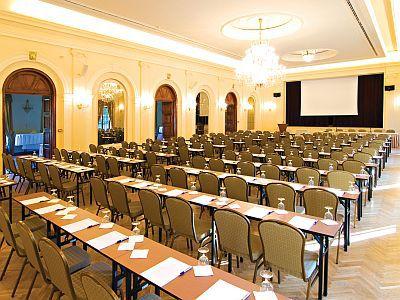 Konferenciaterem, rendezvényterem, tárgyalóterem Balatonfüreden
