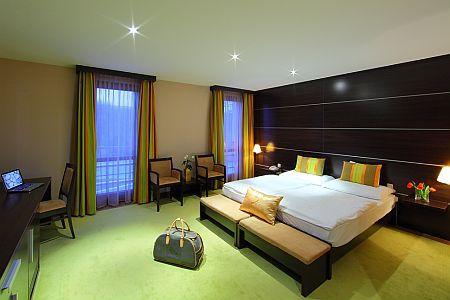 4* Anna Grand Hotel akciós szép szabad szobája Balatonfüreden