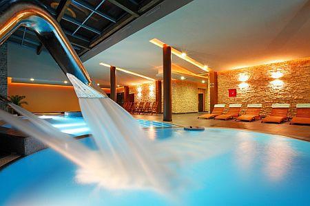 Wellness oazis a Balatonnál jacuzzival az Anna Grand Hotelben