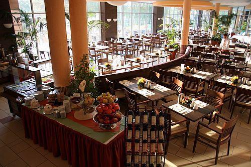4* Balneo wellness és termál hotel étterme kiváló konyhával