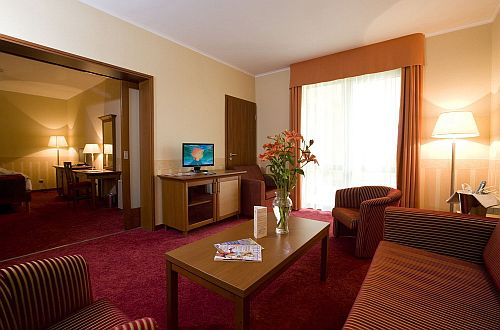 4* családi szoba akciós félpanziós áron a Balneo Thermal Hotelben
