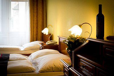 City Hotel Unio Budapest akciós szabad kétágyas szobája a centrumban