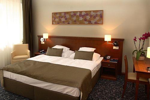Akciós panorámás szoba a sódombra Egerszalókon a Saliris Hotelben