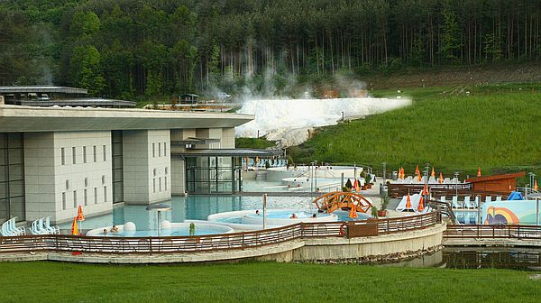 Spa, termál és wellness medence az egerszalóki Saliris szállodában