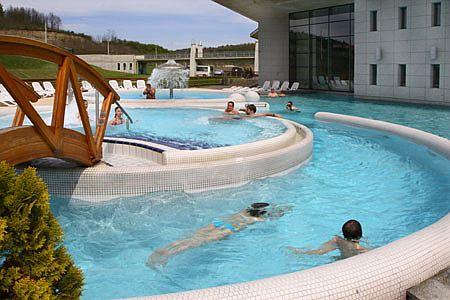 Hotel Saliris gyógy és wellness medencéi Egerszalókon a sódombnál
