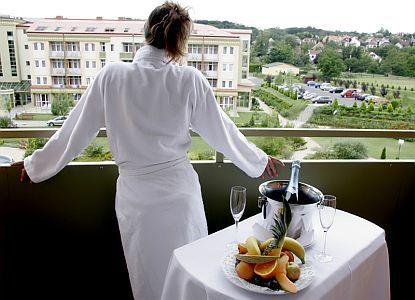 Hotel Karos Spa**** Zalakaros apartmanja romantikus wellness hétvégére