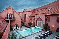 Mesés Shiraz Hotel Egerszalók