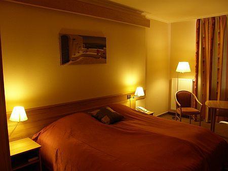 Akciós 3* mosonmagyaróvári termál szálloda kétágyas szobája