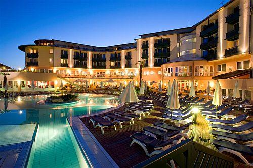 5* Lotus Therme Spa Hotel wellness hétvégére Hévízen