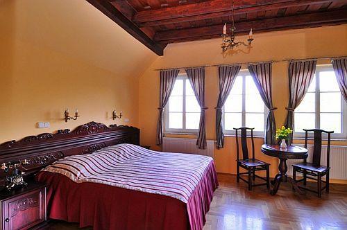 Fried Kastély Szálloda Simontornya - elegáns kastélyhotel Magyarországon