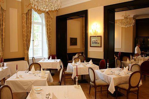 Esküvői rendezvényekre a La Contessa Kastélyhotel étterme