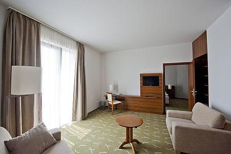 Zenit Hotel**** akciós kétágyas szobája a Balatonnál, Vonyarcvashegyen