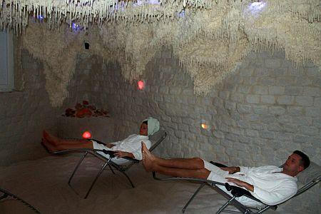 Zenit Hotel**** Balaton sóbarlangja asztmásoknak