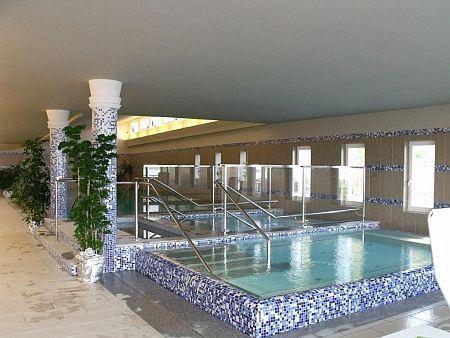 4* wellness hotel a Balatonnál félpanziós ellátással