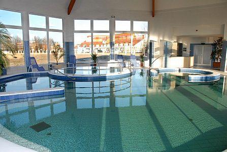 Családi vakáció Cserkeszőlőn a Bungalow Aqua Spa-ban Cserkeszőlőn