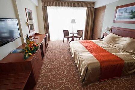 Atlantis Hotel Hajdúszoboszló**** szabad szoba Hajdúszoboszlón