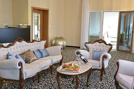 Hotel Residence 4* luxus lakosztálya Siófokon, a Balatonnál