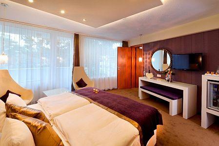 Hotel Residence Siófok **** superior szobája a Balaton déli partján