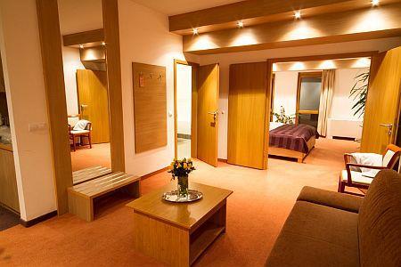 Corvus Aqua Hotel 4* lakosztálya akciós félpanziós csomagban