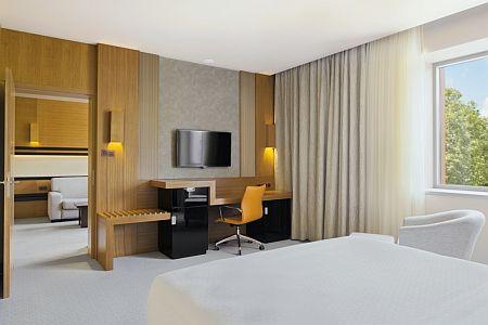 Hotel Sheraton Kecskemét - akciós romantikus, elegáns hotelszoba Kecskeméten, online megrendeléssel