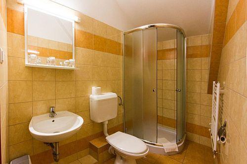 Juniperus Park Hotel Kecskemét fürdőszobája