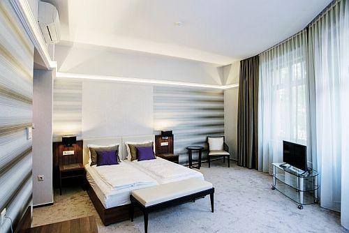 Grand Hotel Glorius 4* Makó szép és romantikus szobája akciós áron