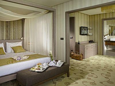 Romantikus lakosztály Mátraházán akciós áron a Lifestyle Hotelben