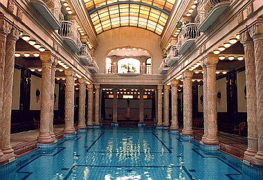 Gellért fürdő Budapesten a hotelből ingyenes belépővel
