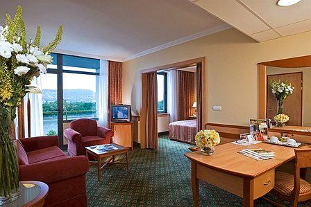 Termál Hotel Helia elegáns lakosztálya Budapesten