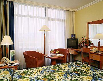 Gyógyszálloda Budapesten, Gyógyszálloda Termál Hotel Helia
