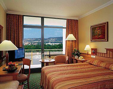 4* Légkondicionált szoba Budapesten a Hotel Helia szállodában