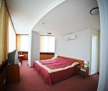 Hotel Nagyerdő*** Debrecen - akciós félpanziós csomagok wellness hétvégére