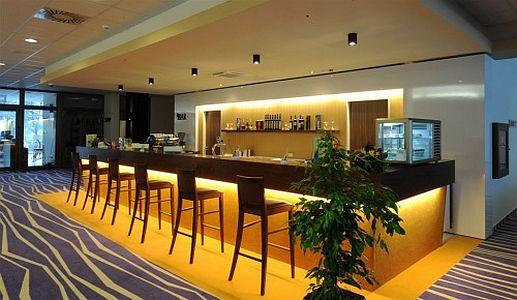Drind bár a Hotel Forrás szegedi szállodában