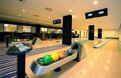 Hotel Forrás Szeged - Bowlingozás Szegeden a Hotel Forrásban