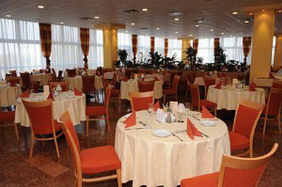 Hotel Freya 3* étterme Zalakaroson félpanziós ellátással
