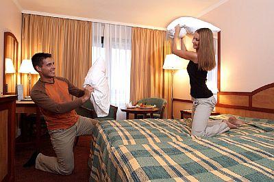 Bükfürdői szállodák közül kiemelkedő szolgáltatásokkal várja Önt a Danubius Health Spa Resort Bük